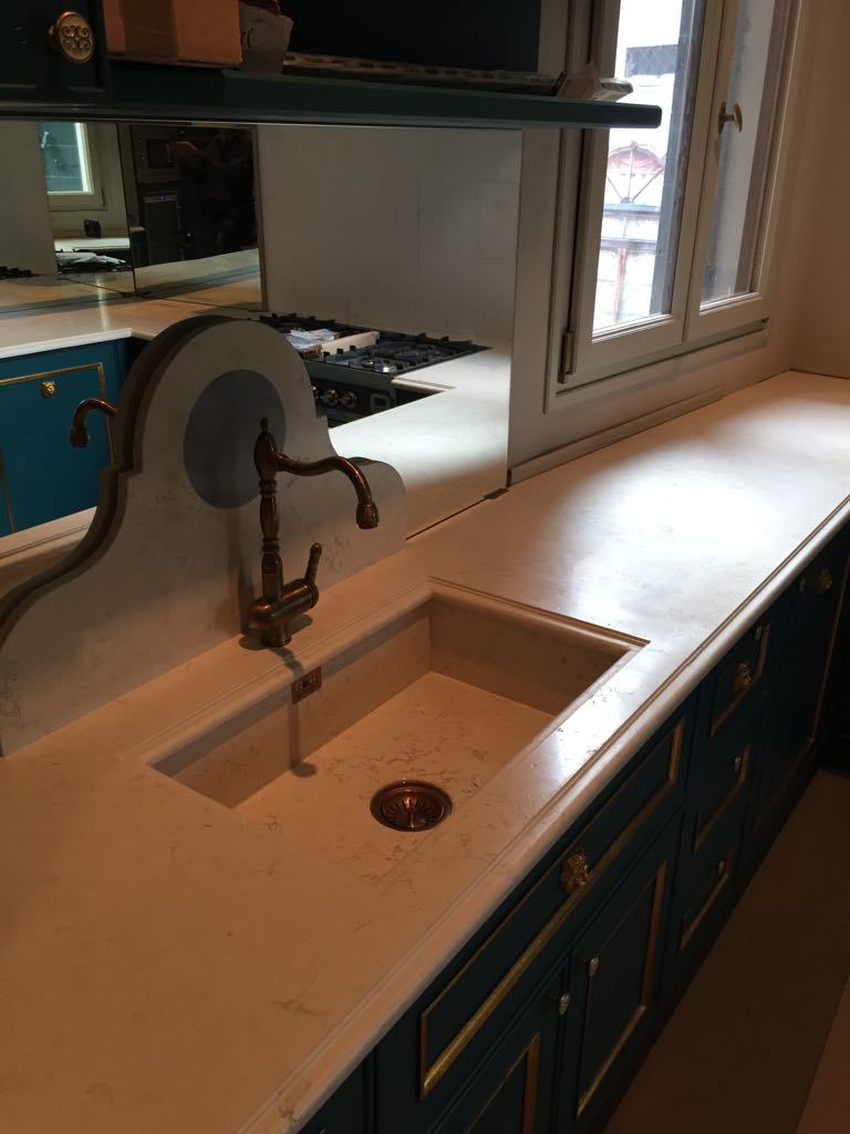 Counter with brushed Biancone